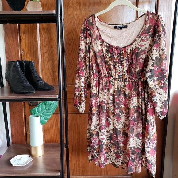 Forever 21 Tops - Floral babydoll tunic